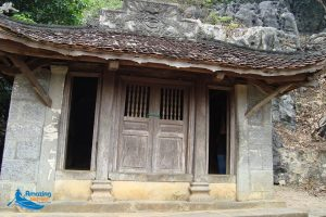 Bich Dong – A Charming Pagoda from Three Tiered Cave - Amazing Ninh Binh
