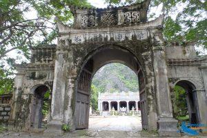 Thai Vi Temple - Amazing Ninh Binh