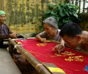 Van Lam Embroidery Village – An Interesting Side You Might Not Know - Amazing Ninh Bình
