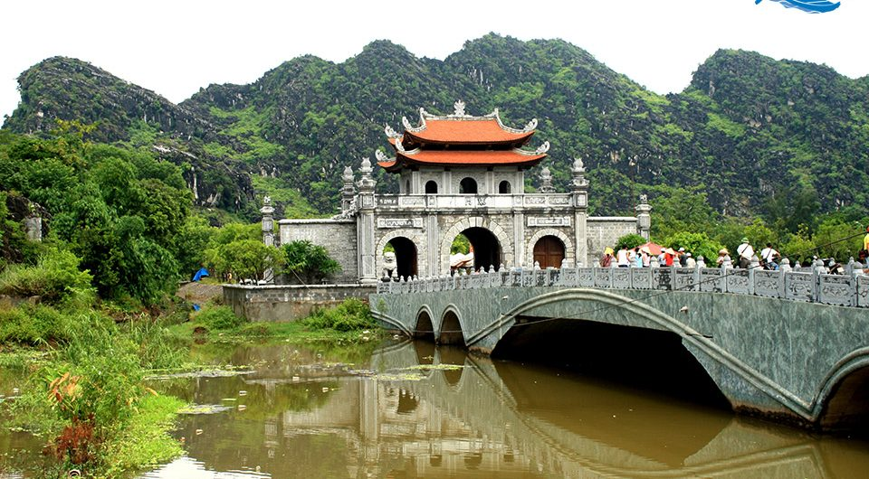 Hoa Lu ancient capital, Ninh Binh - Onene of The Renowned Places in Vietnam - Amazing Ninh Binh