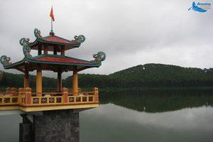 Dong Chuong Lake - Amazing Ninh Binh