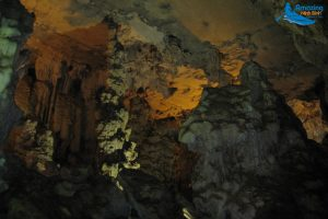 Van Trinh Cave – A Royal Palace in the Mountains - Amazing Ninh Binh