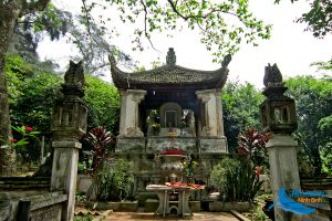Tham Temple – The Blood Pool In History - Amazing Ninh Binh