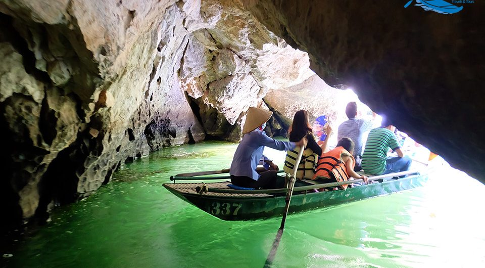 Twelve Magnificent Caves In Trang An - Journey Vietnam