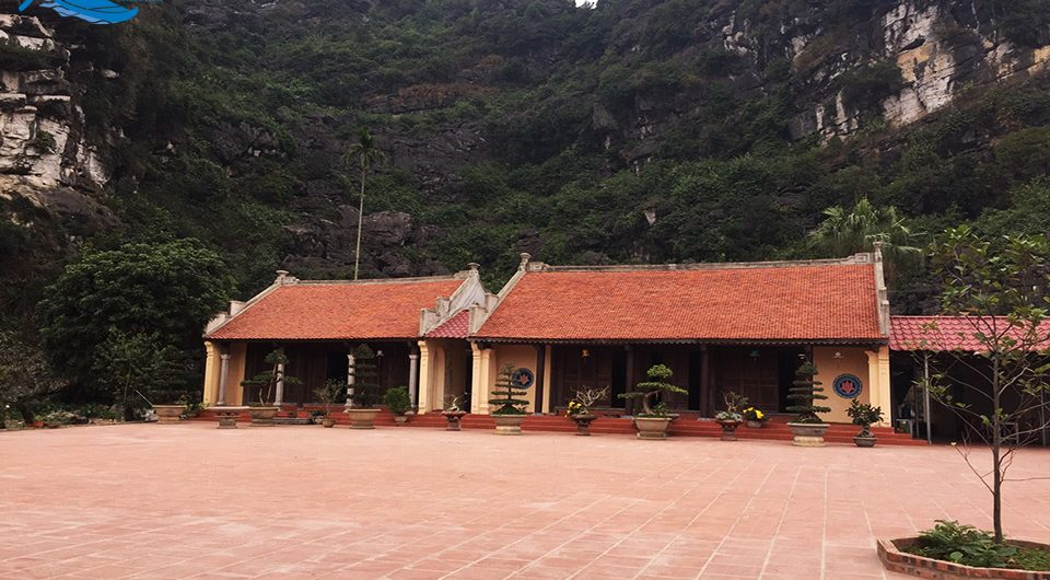 Duyen Ninh – Sacred Pagoda to Pray for Love - Amazing Ninh Binh