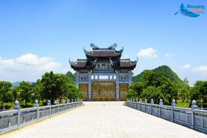 """The Temples Are Considered The """"Heart"""" Of Vietnam"""